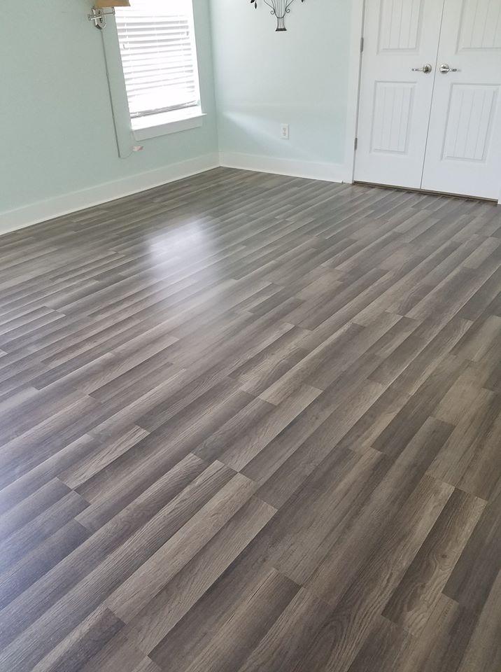 Beauriful Vinyl Plank Floor Installed in Myrtle Beach
